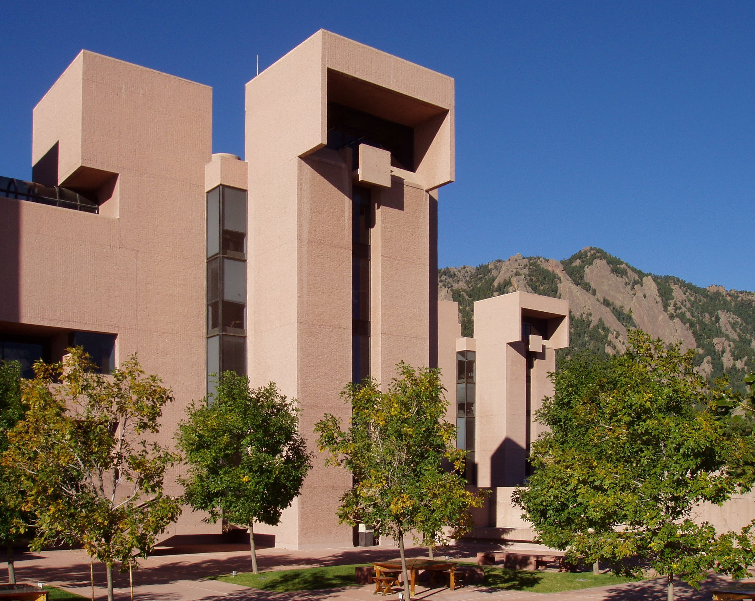 National Center for Atmospheric Research, Mesa Laboratory