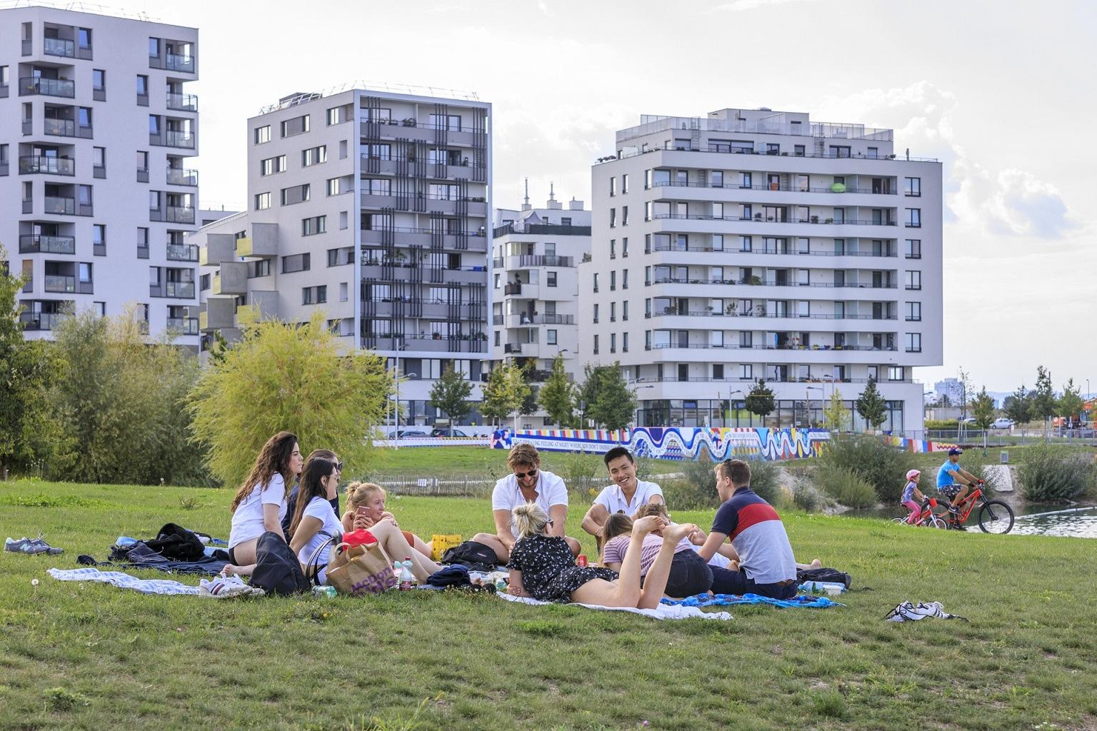 Két budapesti lakást lehet venni egy bécsi ingatlan áráért