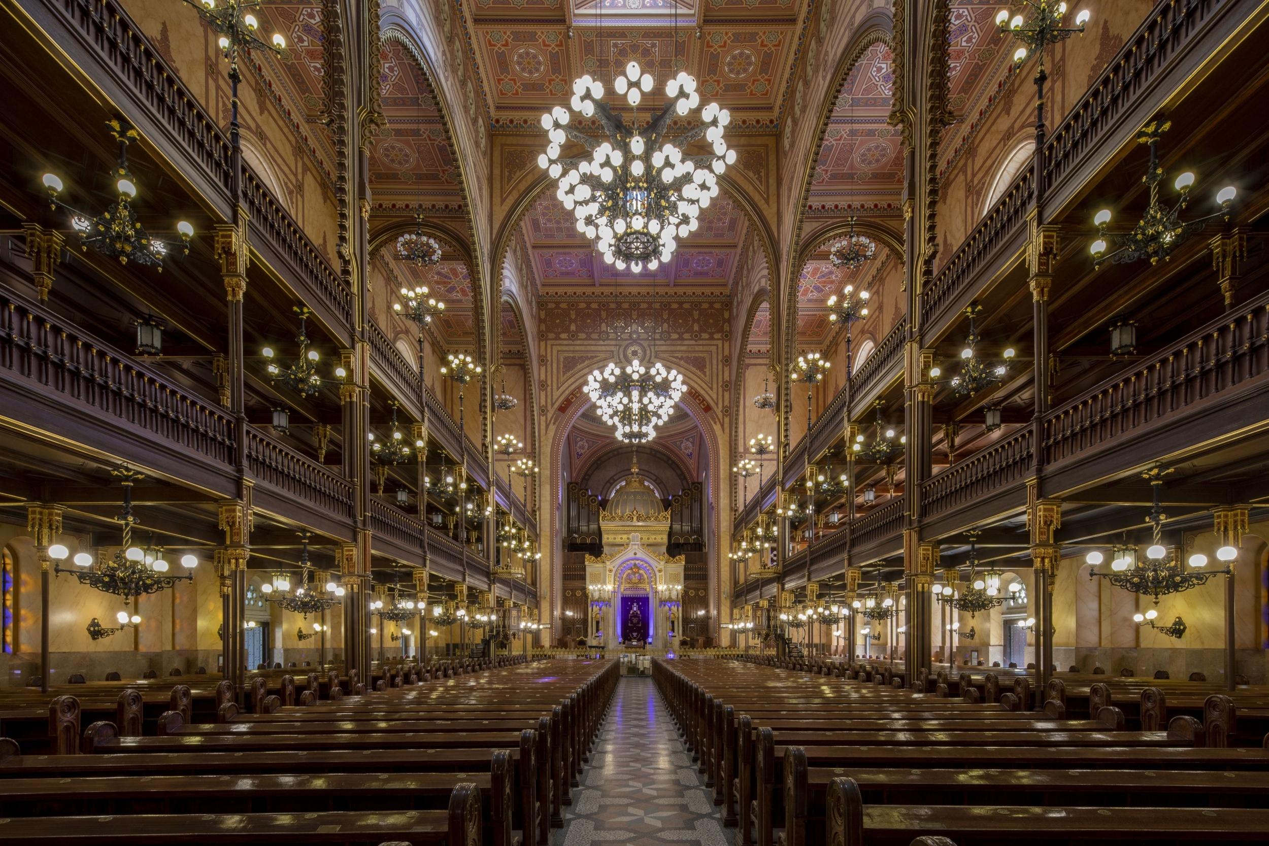 Magyar zsinagógák vonulnak Stuttgartba